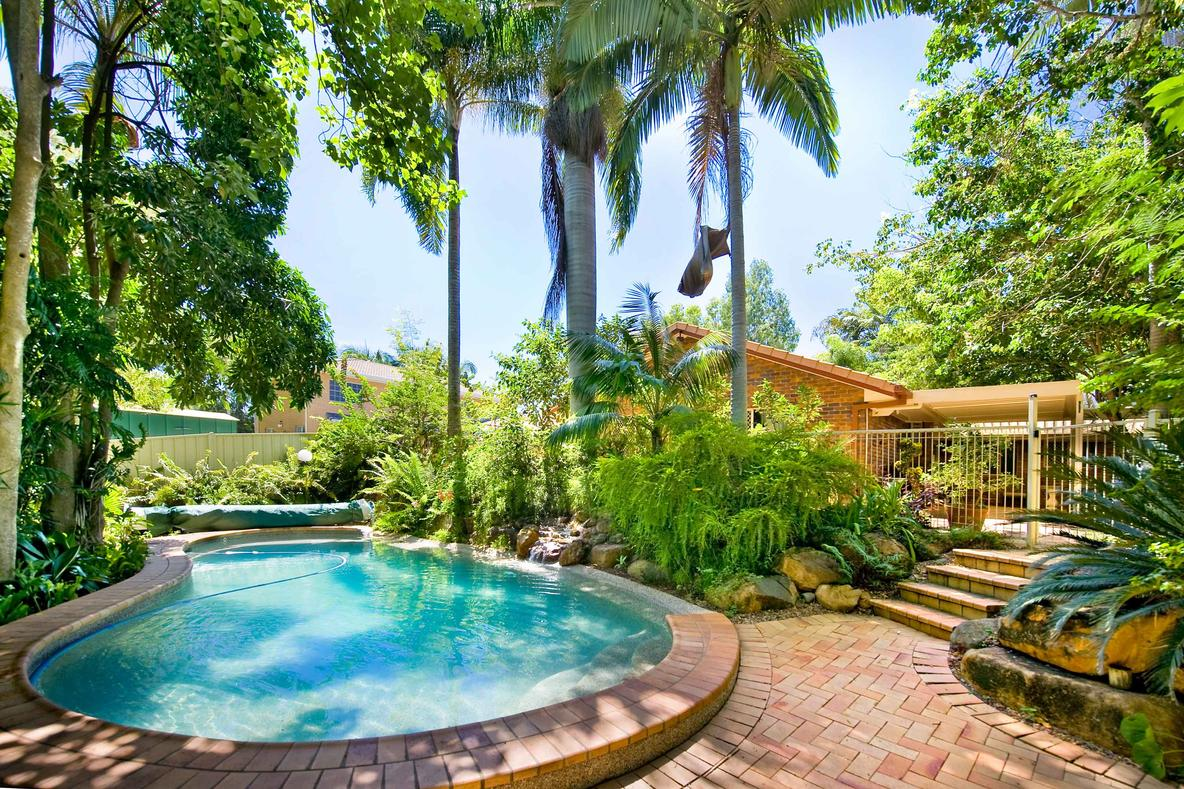Best Pool Pavers Tampa