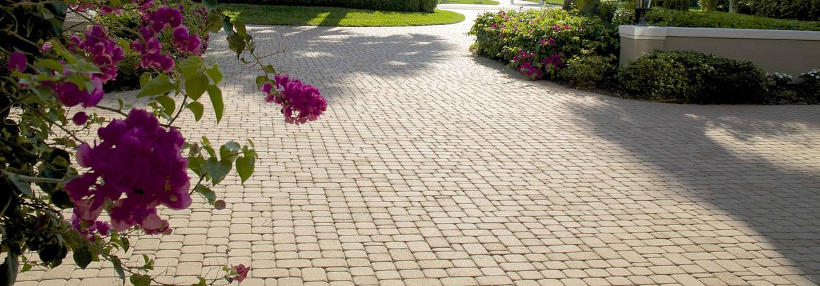 """Featured image for """"What Are Driveway Pavers"""""""